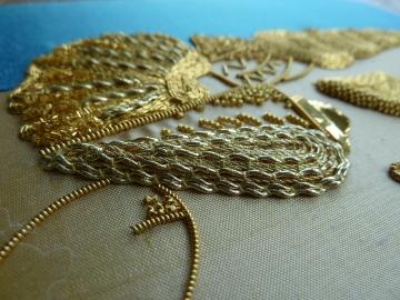 Detail-Seashells-Gold