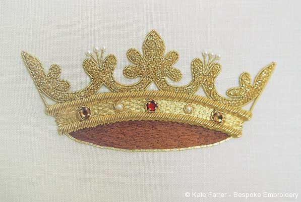 Crown symbol ecclesiastical metal thread hand embroidered/embroidery